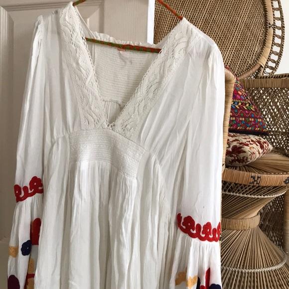86c24e094 Free People Dresses   Embroidered Bell Sleeve Dress   Poshmark